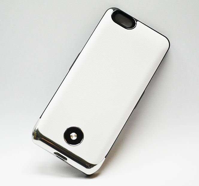 Чехол Аккумулятор CaseGear PowerCase Apple iPhone 6, A1586, A1549 белого цвета